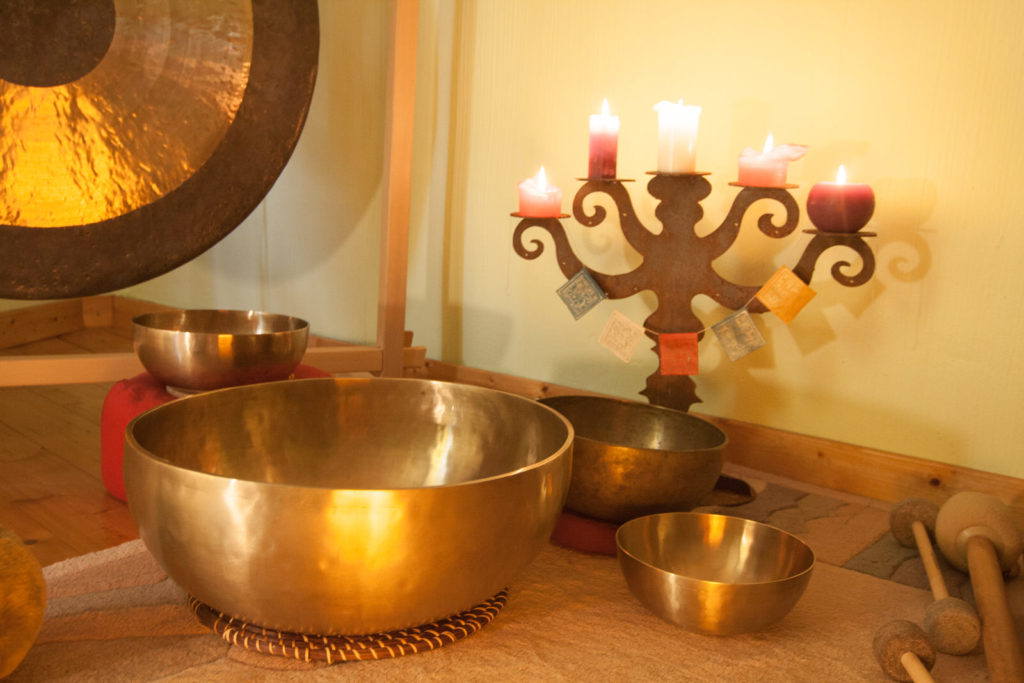 Klängen lauschen - Entspannung mit Klangschalen - Klang im Hexenhaus - Königswinter